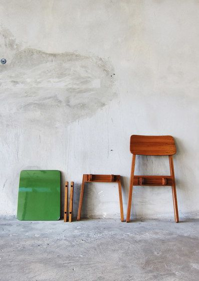 SIM Chair by TAKEHOMEDESIGN by TAKEHOMEDESIGN