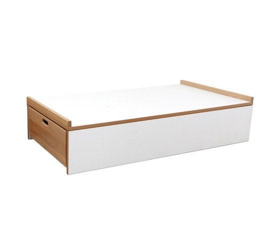 Single sleeping platform by De Breuyn by De Breuyn