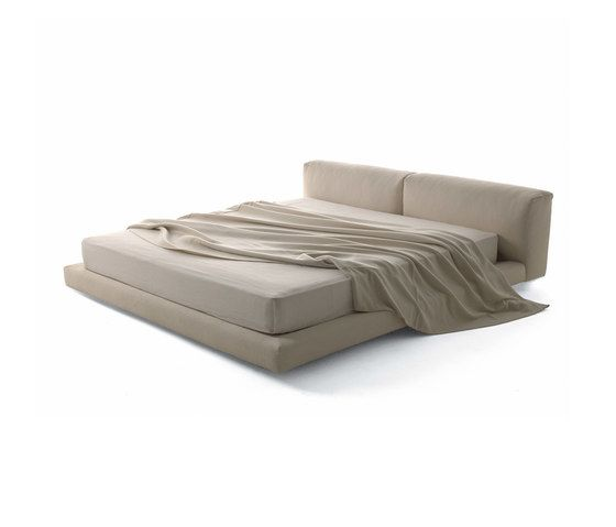 Softwall Bed by Living Divani by Living Divani