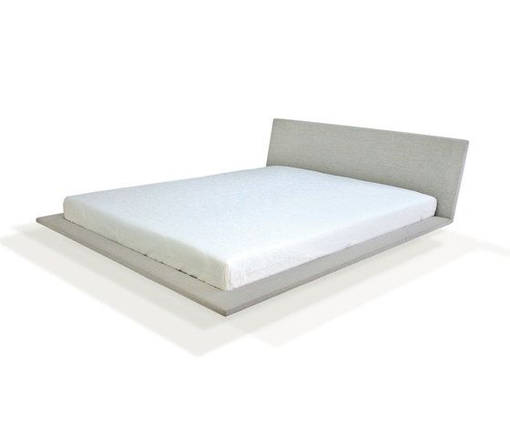Sp Bed by PIURIC by PIURIC