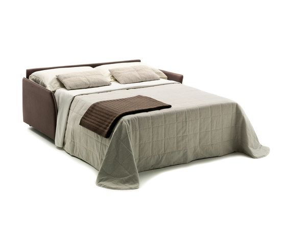 Stan by Milano Bedding by Milano Bedding
