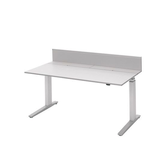 T-Lift   Desk by Bene by Bene