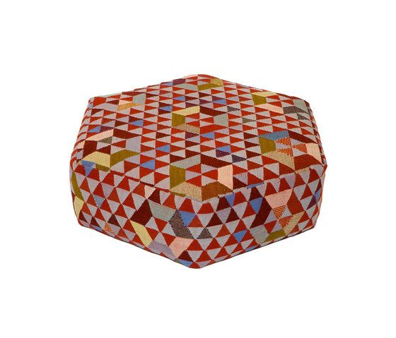 Triangles Pouf Trianglehex sweet pink low by GOLRAN 1898 by GOLRAN 1898