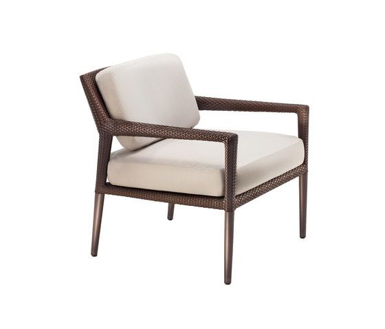 Tribeca Lounge chair by DEDON by DEDON