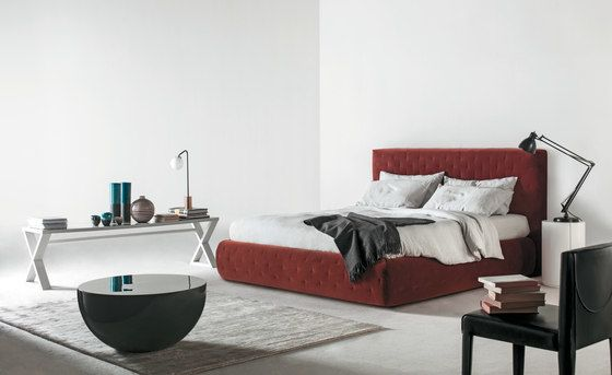 Tuyo Bed by Meridiani by Meridiani