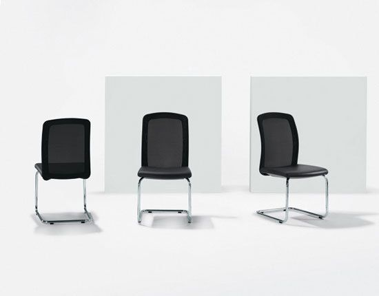 TWIST Cantilever chair by Girsberger by Girsberger
