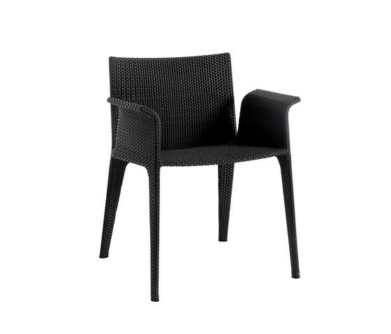 U armchair by Point by Point