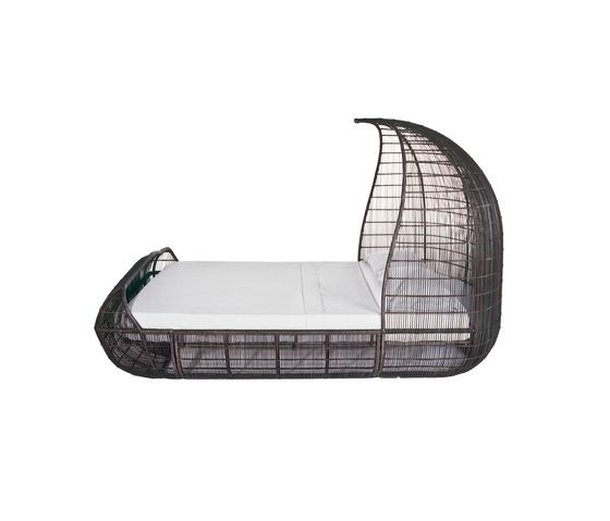 Voyage Bed by Kenneth Cobonpue by Kenneth Cobonpue