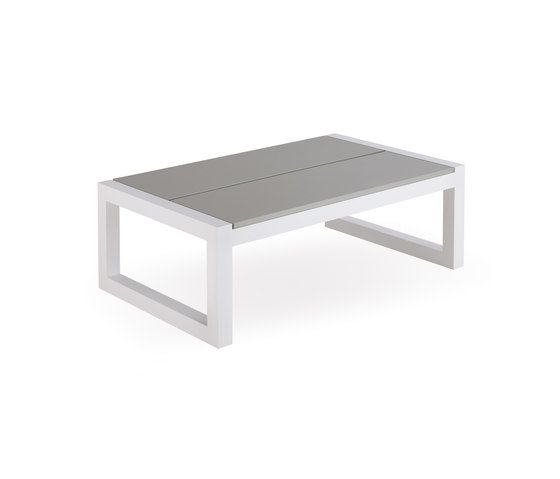 Weekend coffee table by Point by Point