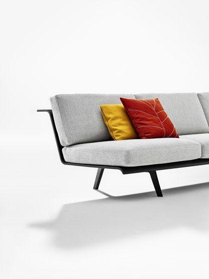 Zinta Lounge by Arper by Arper