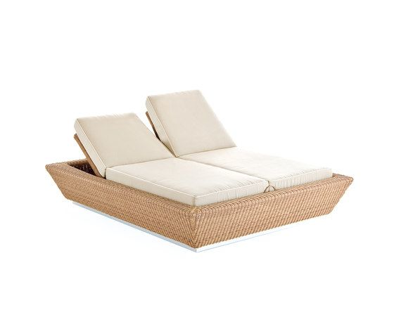 Zoe sun bed by Point by Point