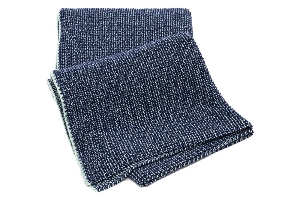 AC03 Rete Blanket by e15