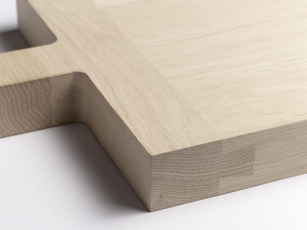AC06 Chop Chopping Board by e15