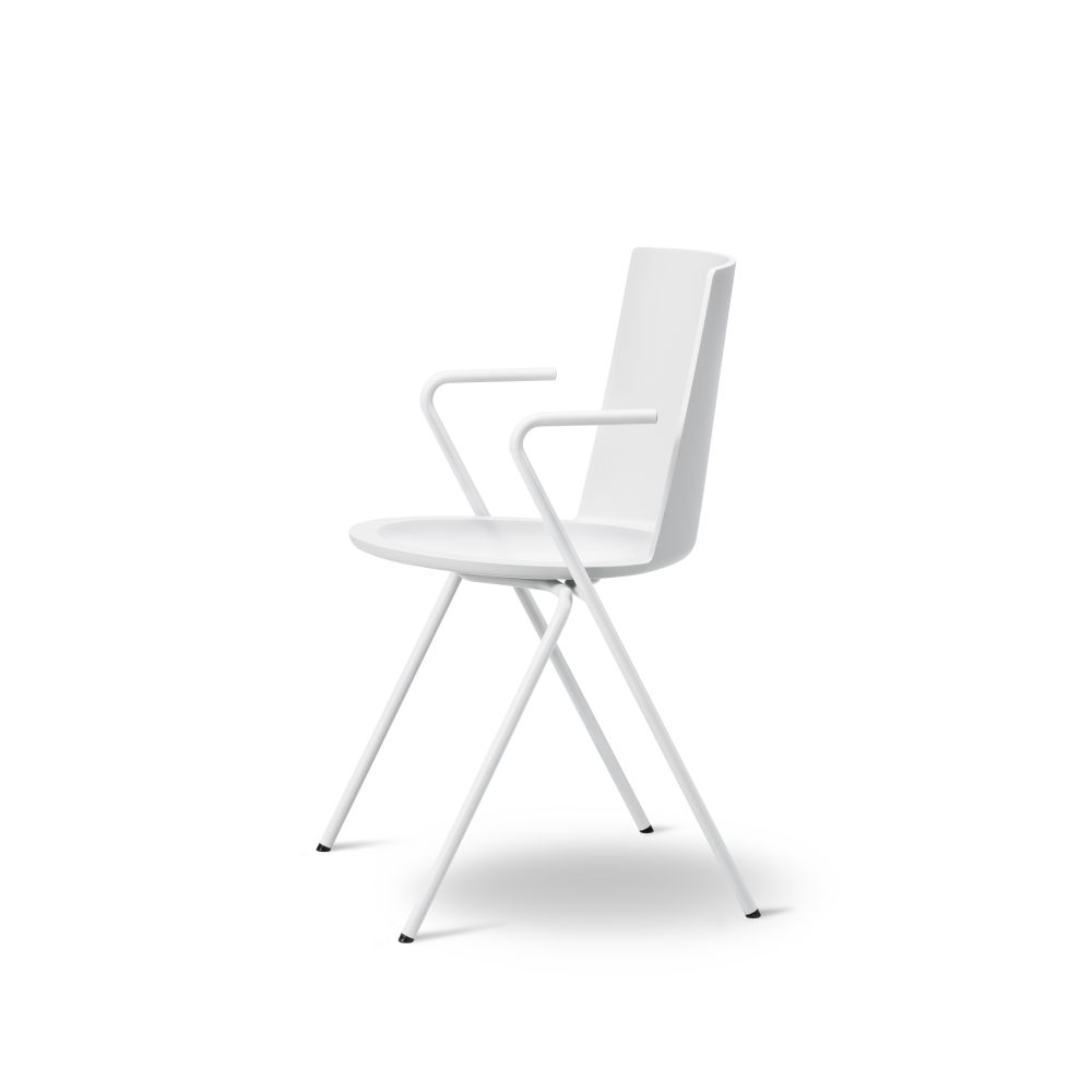Acme A - Base Armchair by Fredericia