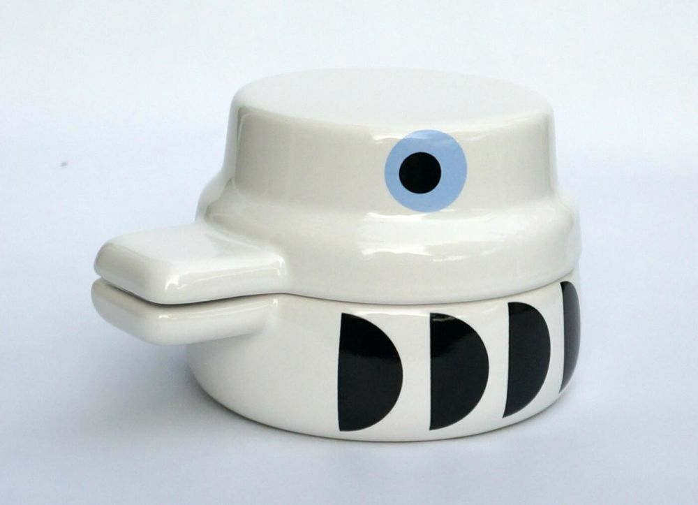 Bird Pot by Camilla Engdahl