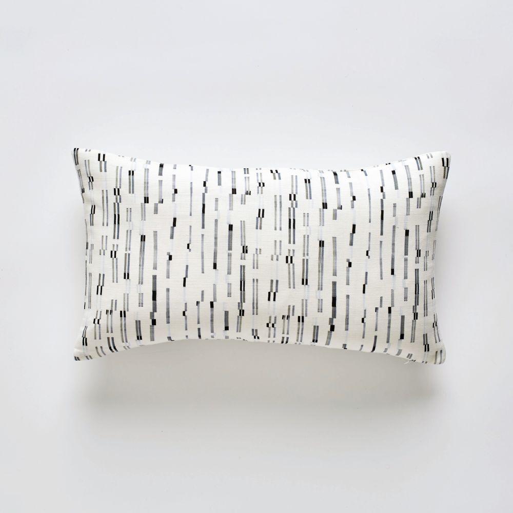 Barbican cushion 30x50cm