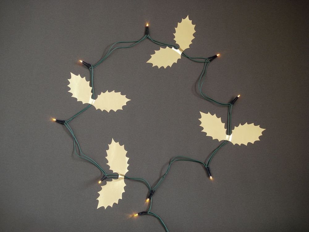 Cable Holly Leaves by Masako Sato