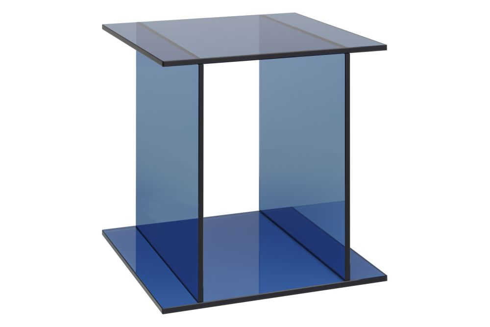 CT07 Drei Side Table by e15