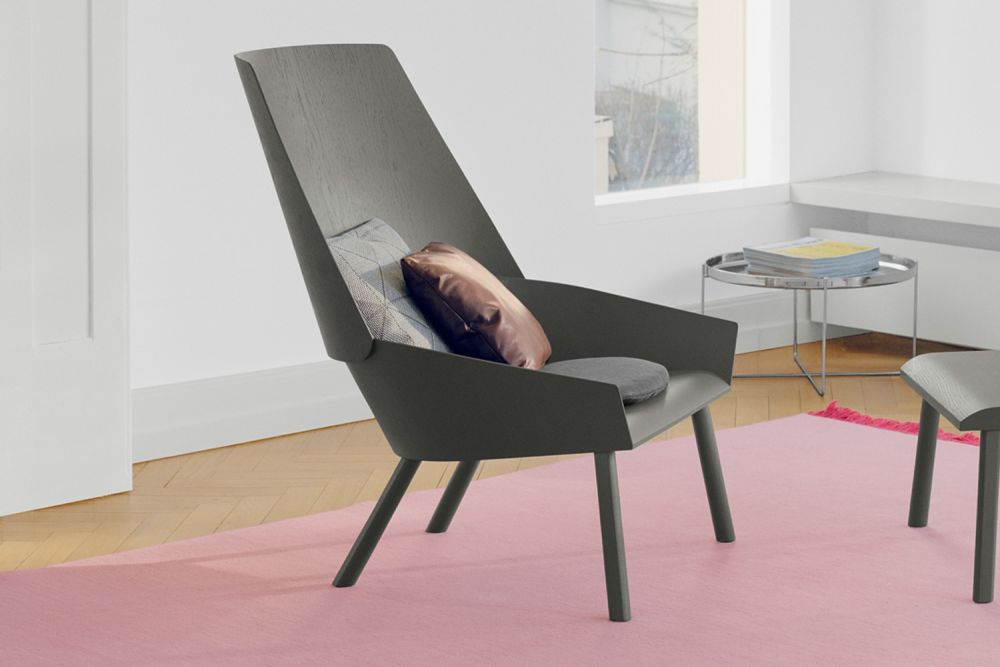 Ec03 Eugene Lounge Chair Neutral Clear Lacquered Oak