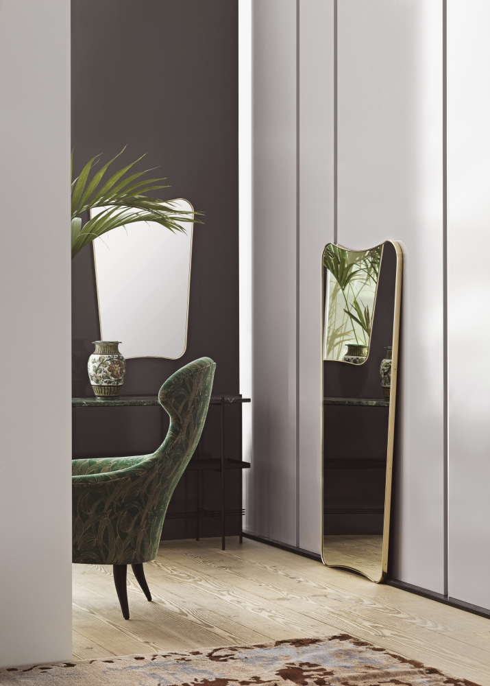 with its pure and light curved shape and iconic expression the timeless fa33 mirror adds a gentle touch of elegance to any interior style