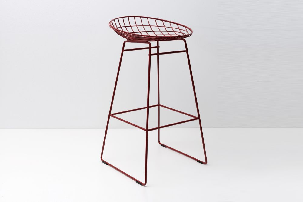 KM07 Bar Stool by Pastoe