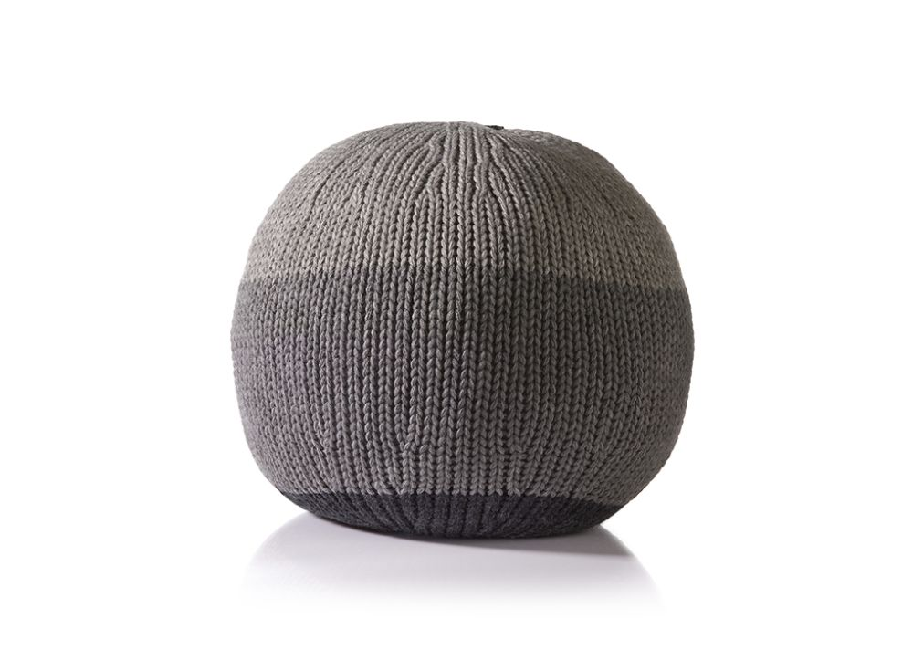Knitted Ball Cushion in Large Grey by Stine Leth for Korridor