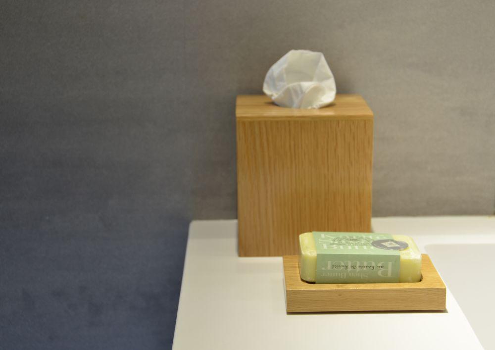Mezza Tissue Box Cube by Wireworks