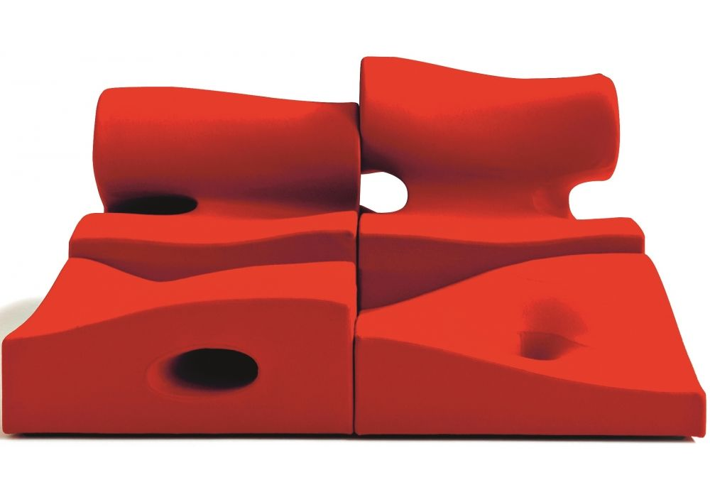 Misfits Seating System - Central 2 by Moroso