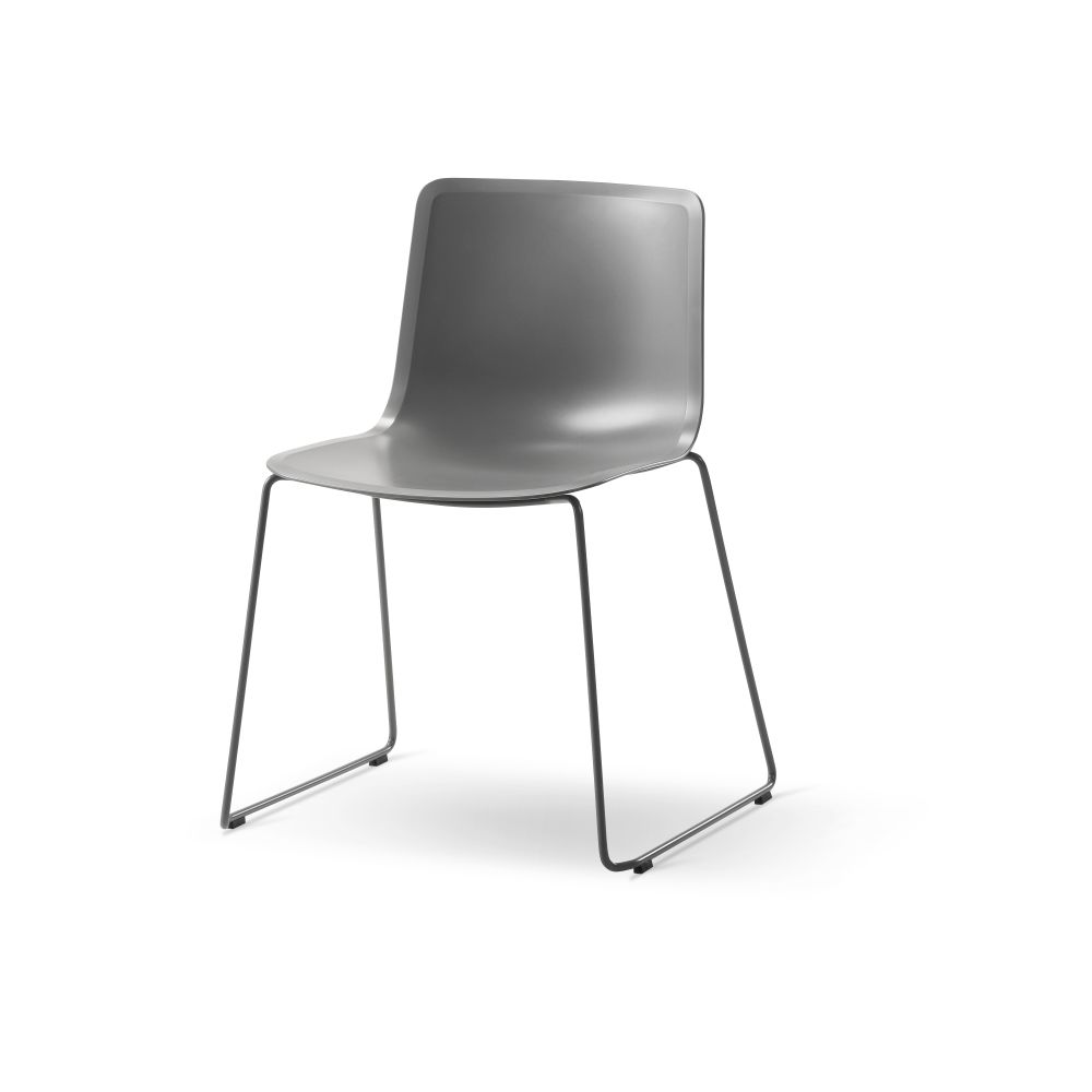Pato Sledge Chair by Fredericia