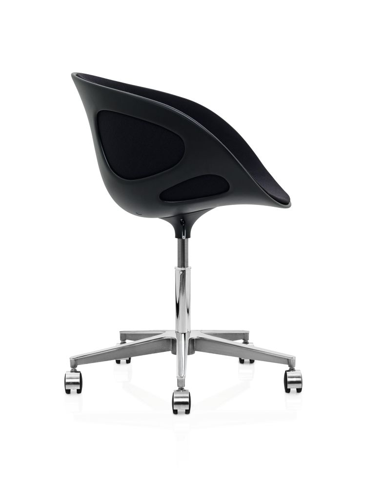 Rin Chair with Castors - fixed front upholstery by Republic of Fritz Hansen
