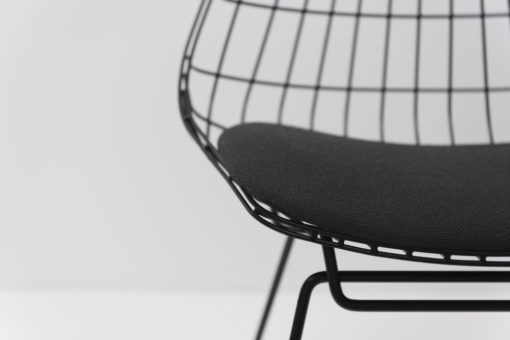 SM05 Dining Chair by Pastoe