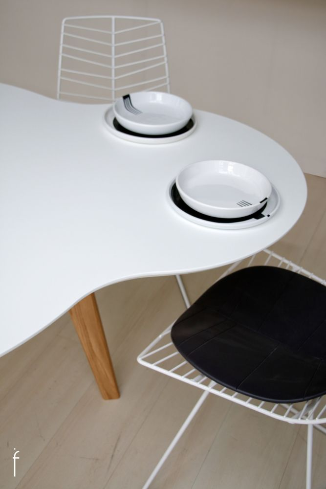 Union Dining Table by ilias fragkakis