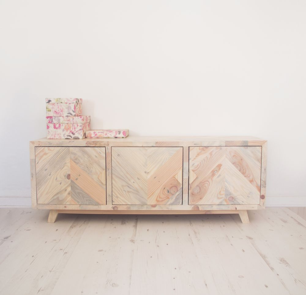 Maja - Sideboard by Emodi