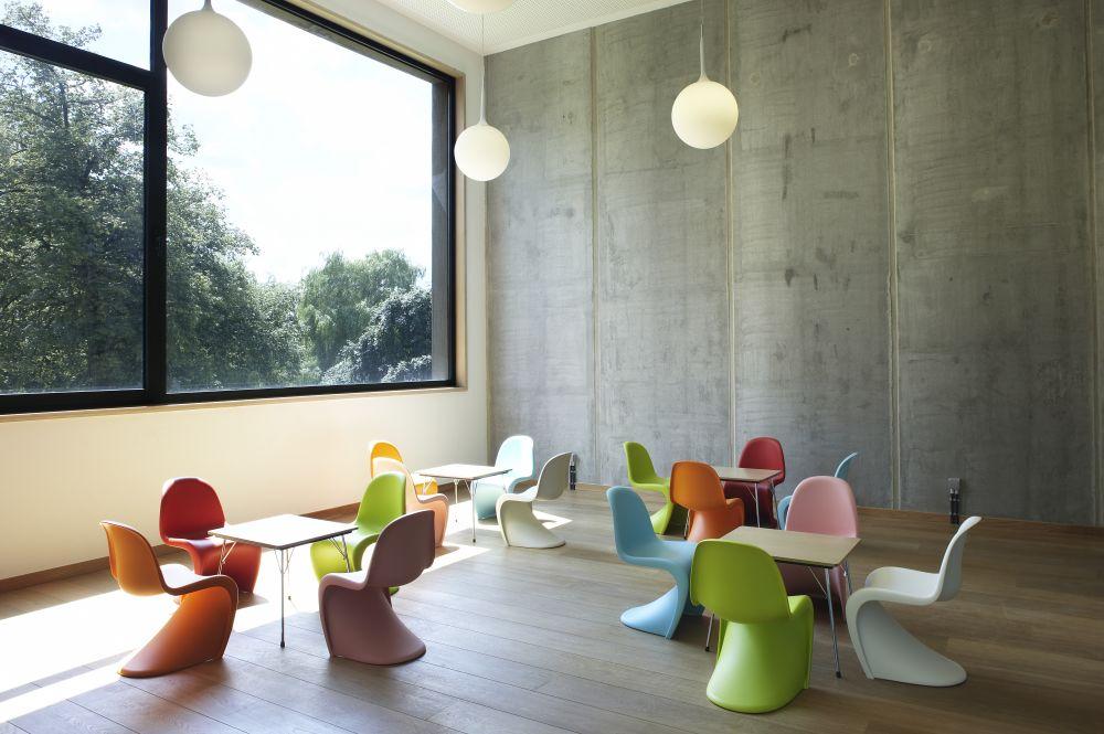 Panton Chair 01 Basic dark by Verner Panton for Vitra