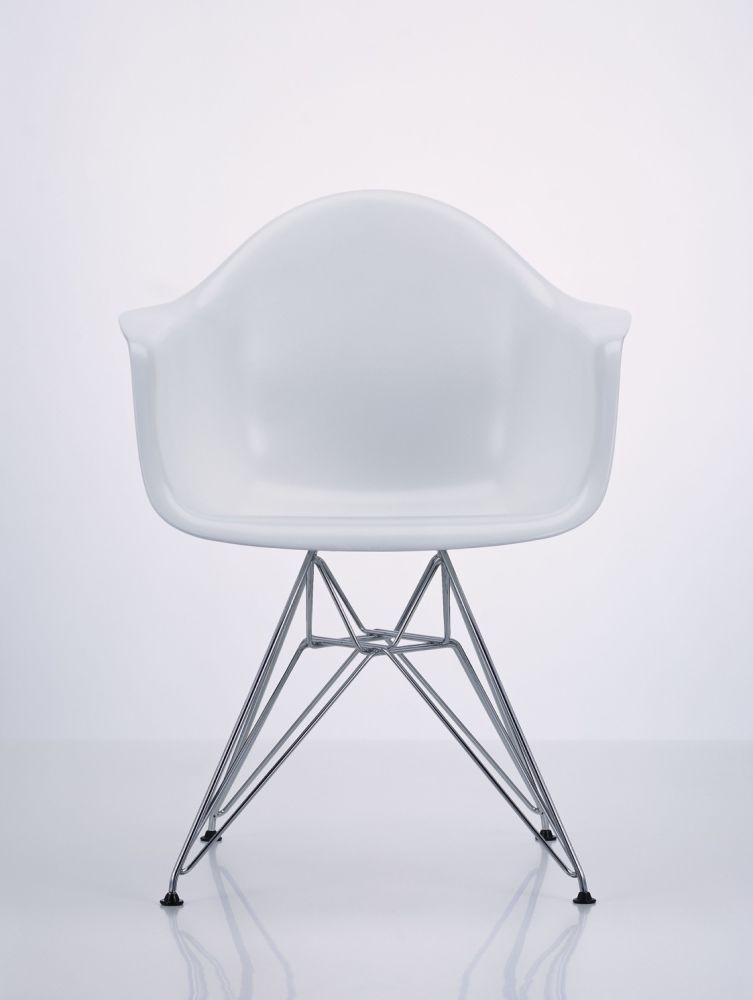 DAR Side Chair by Vitra