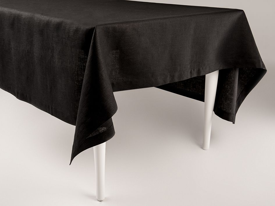 Black linen tablecloth by Lovely Home Idea