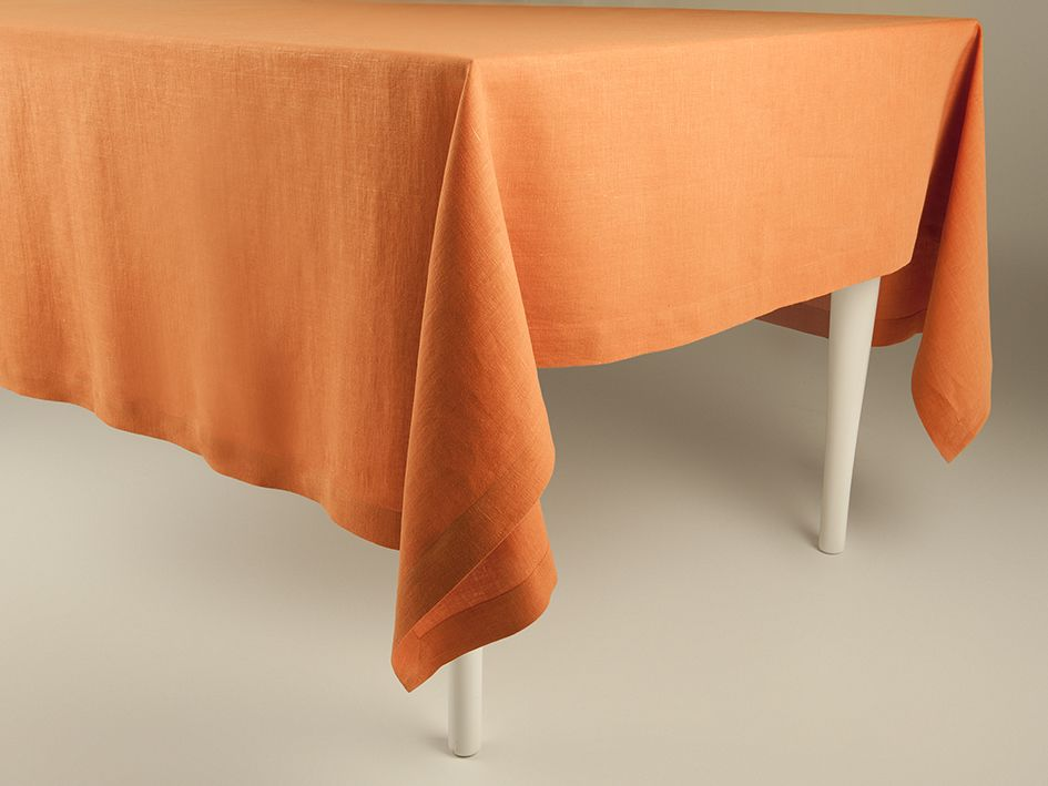 Rust linen tablecloth by Lovely Home Idea