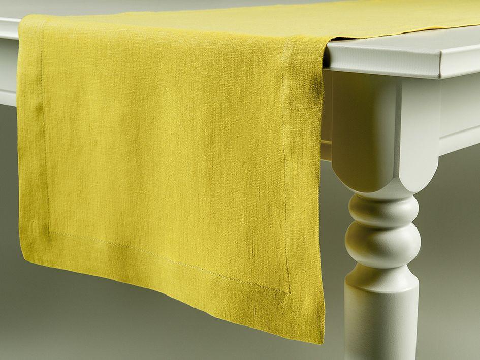 Mustard linen table runner by Lovely Home Idea