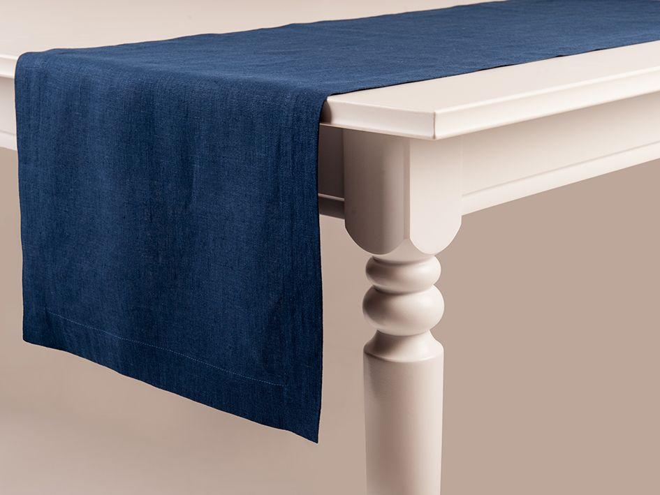 Indigo linen table runner by Lovely Home Idea