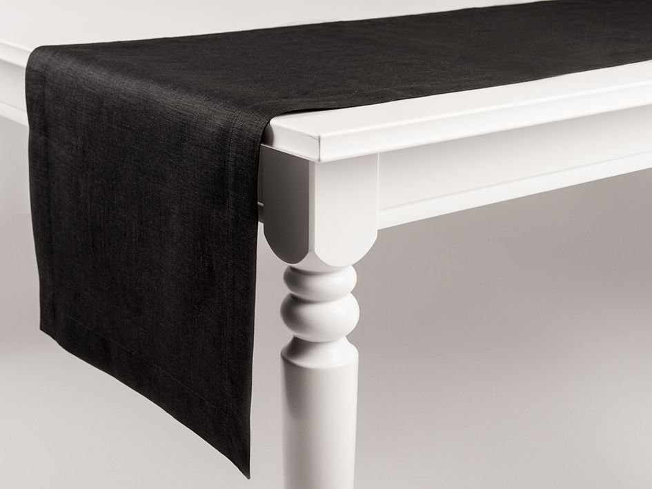 Black linen table runner by Lovely Home Idea
