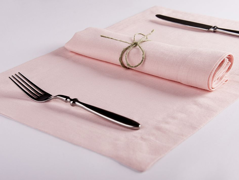 Dusty rose linen table napkin and placemat