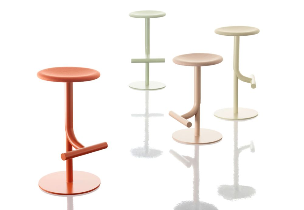 Tibu Swivel Barstool by Magis Design