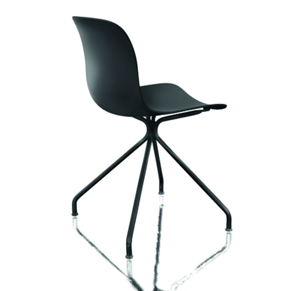 Troy Chair - 4 Star Base by Magis Design