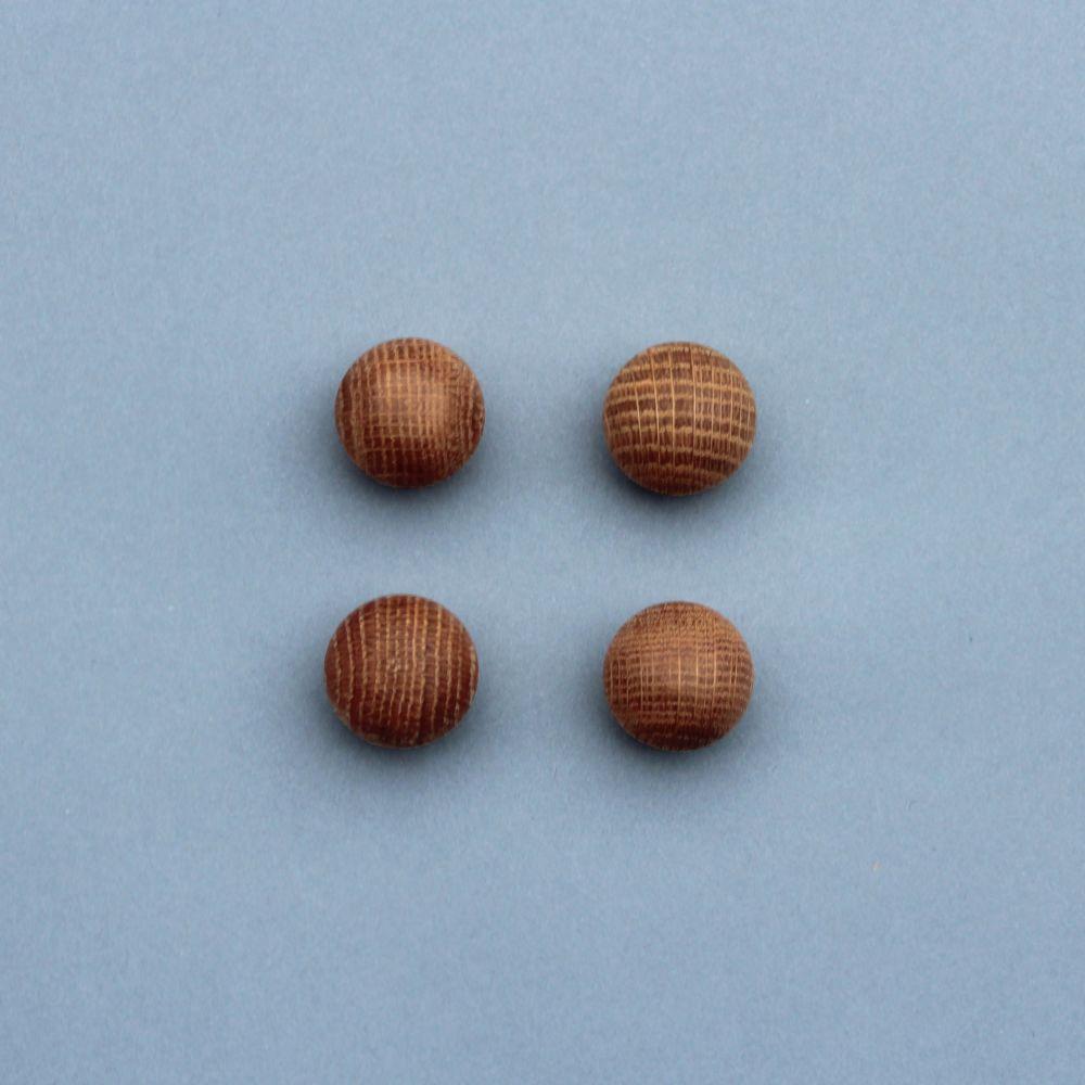 Oak ball