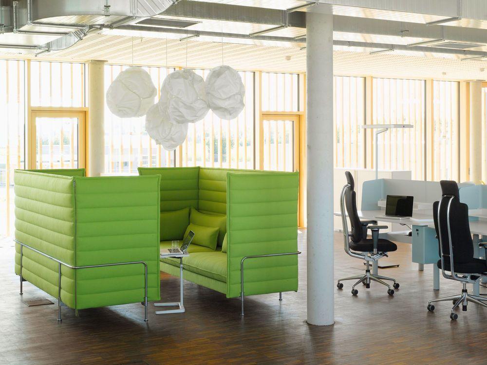 vitra alcove sofa vitra alcove three seater sofa gr canada thesofa. Black Bedroom Furniture Sets. Home Design Ideas