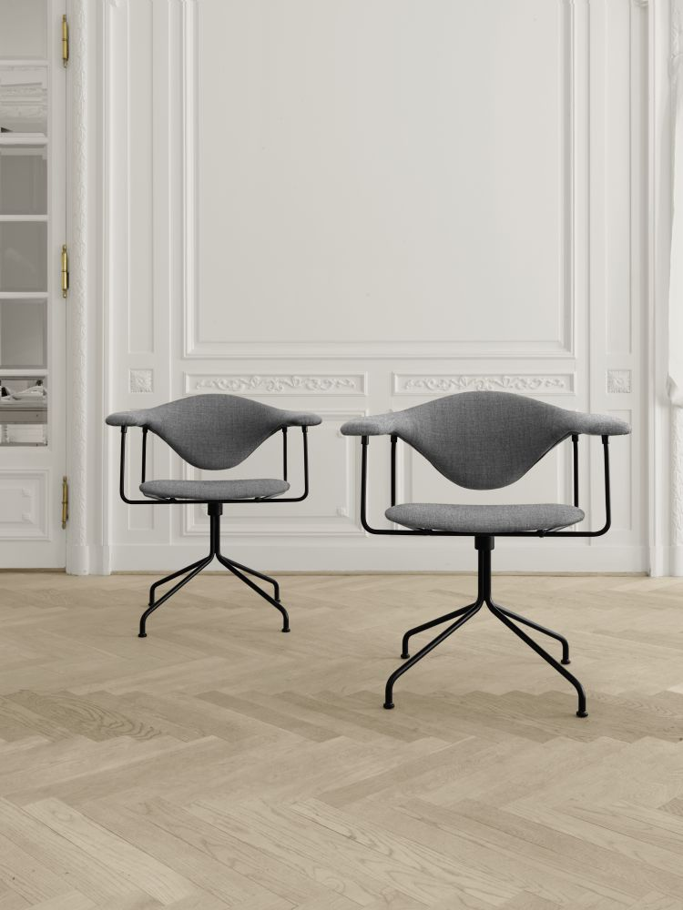 Masculo Dining Chair   Swivel Base From Gubi