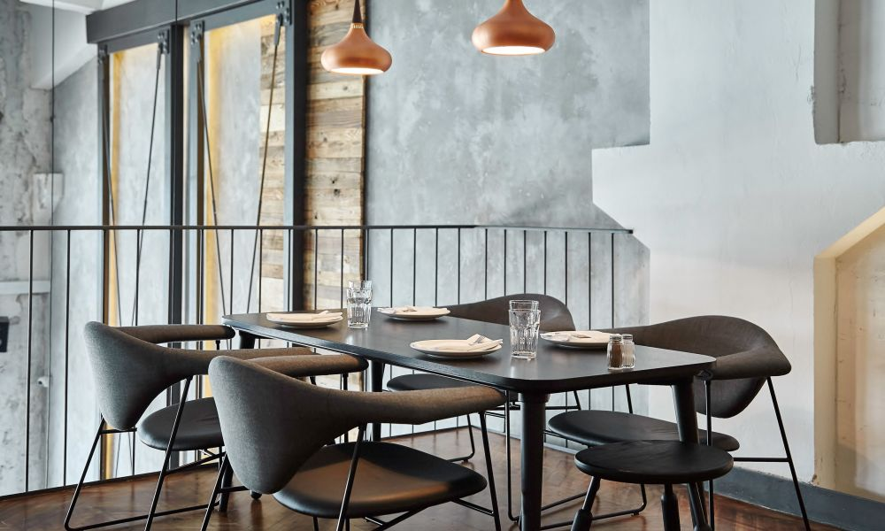 Masculo Dining Chair Sledge Base By Gubi Clippings