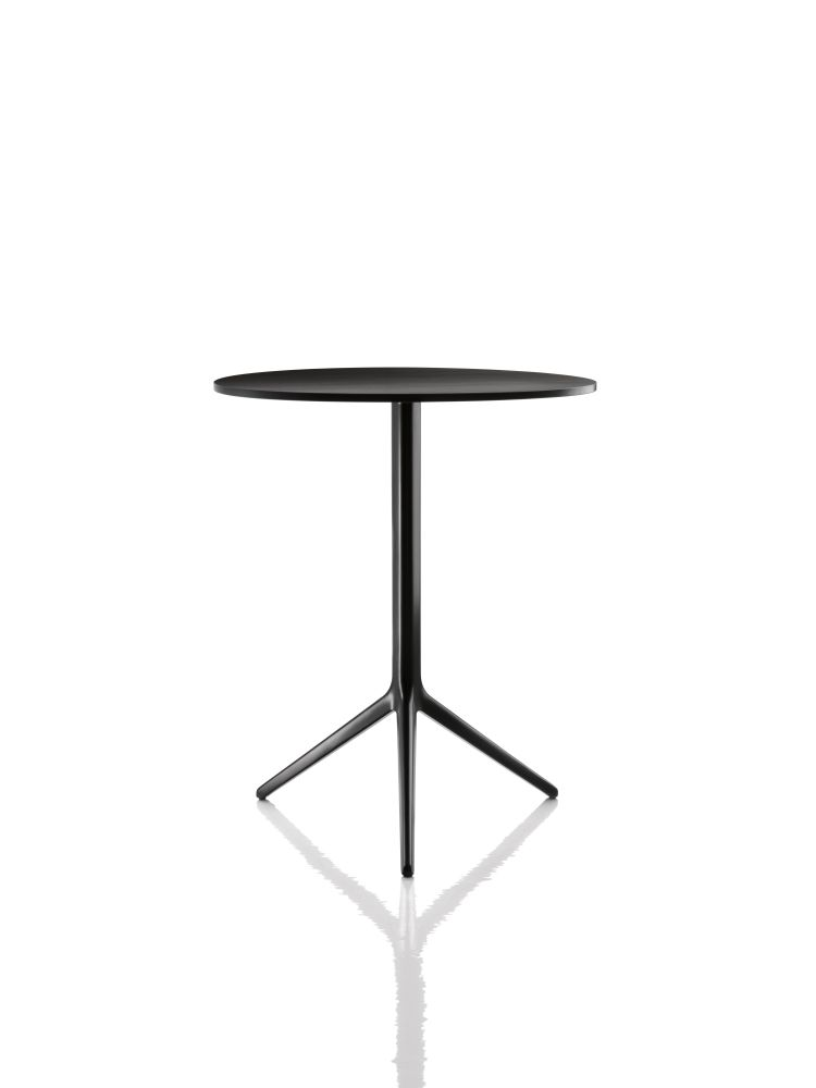 Central Folding Table - Round by Magis Design