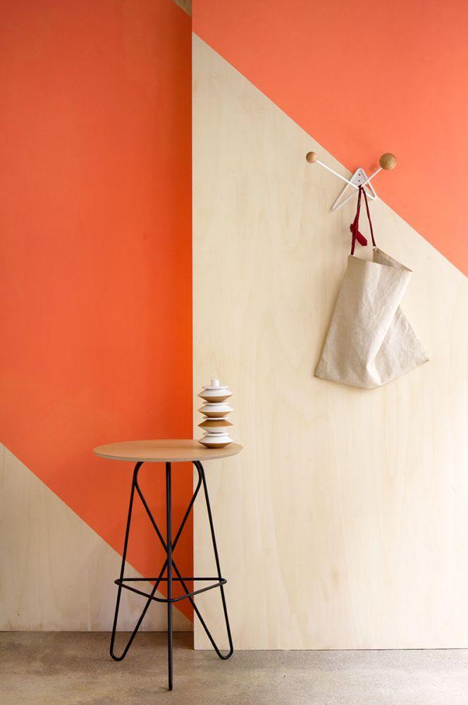 ATOME coat hanger