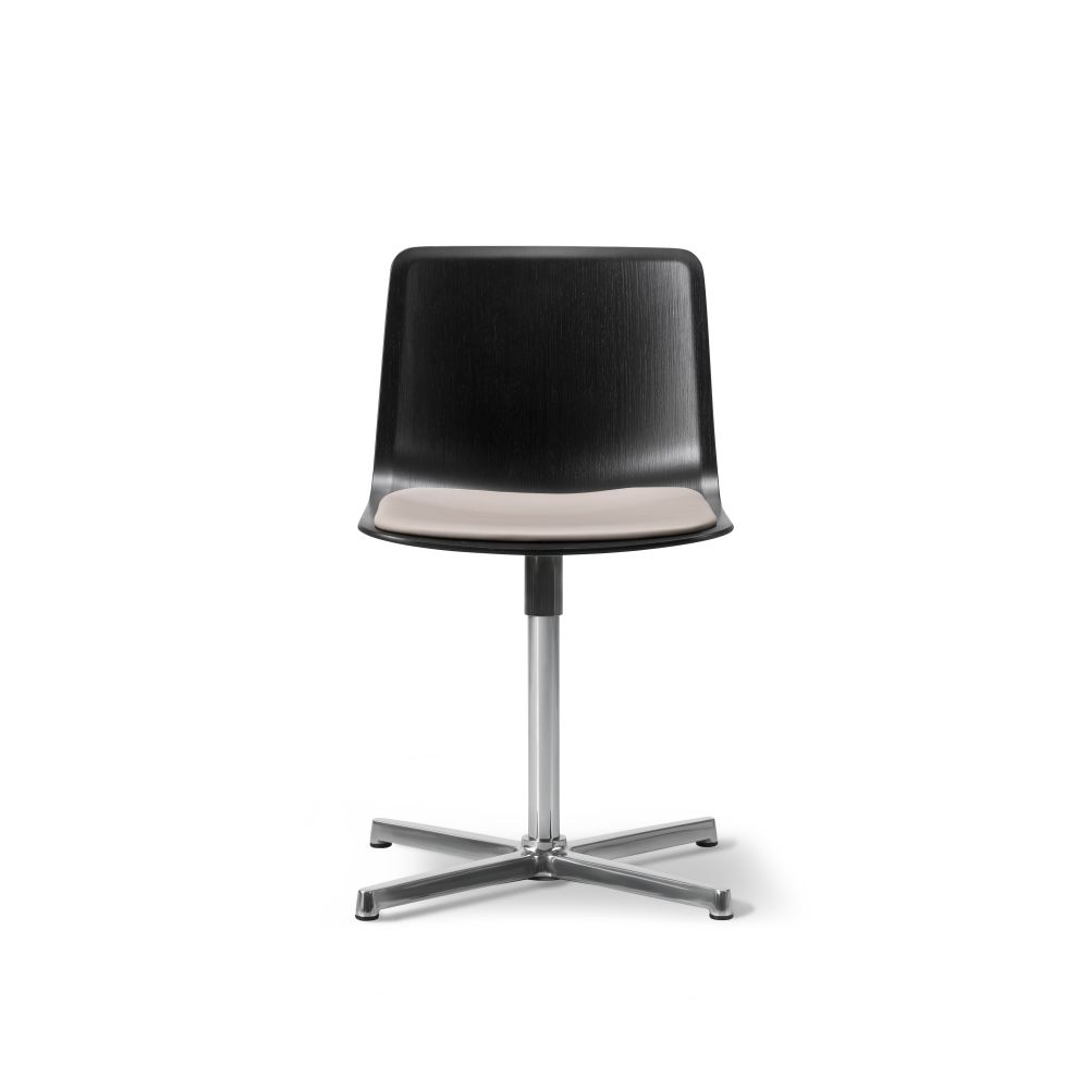 Pato Swivel Chair with Seat Upholstery by Fredericia